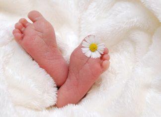 Comment créer un faire-part de naissance en toute simplicité ?