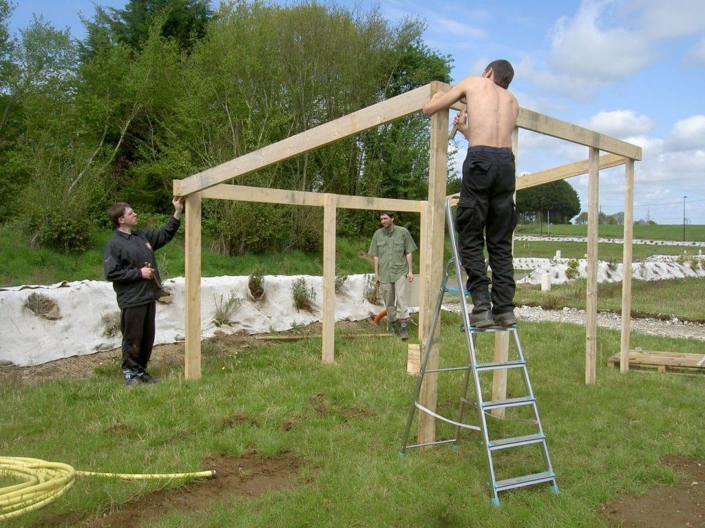 construire-un-abri-de-jardin-soi-meme